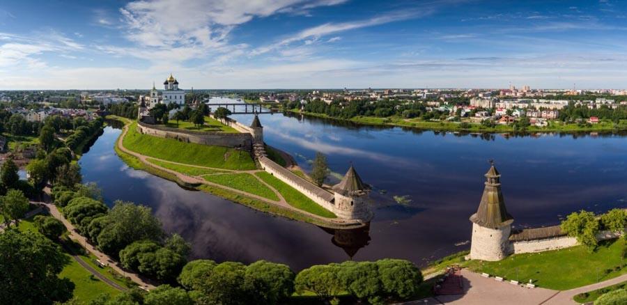 Fuori San Pietroburgo: La Città di Pskov